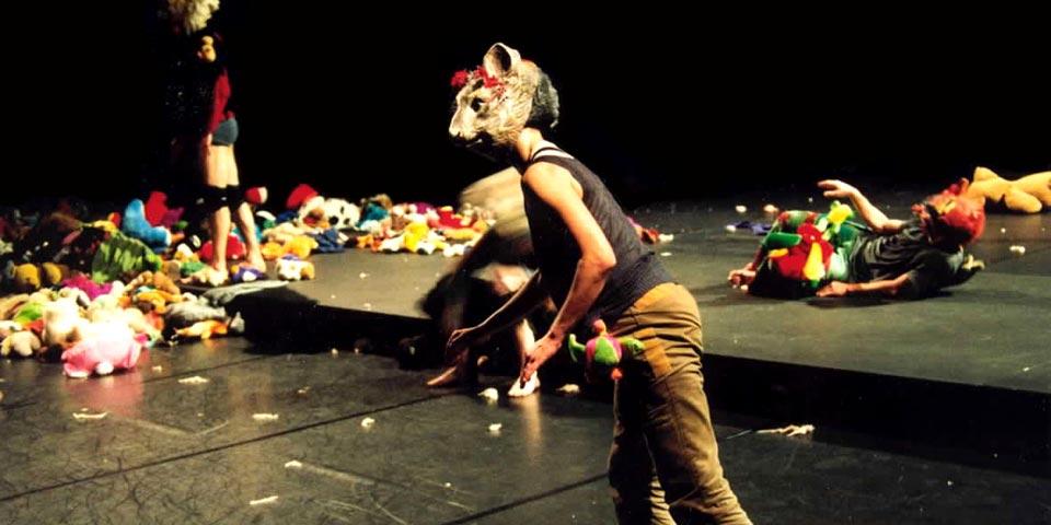 2003 - Le Nid | mis en scène par Nathalie Pernette